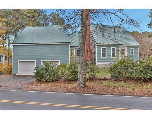 Single Family Home for Sale at 595 Bourne Road 595 Bourne Road Plymouth, Massachusetts 02360 United States