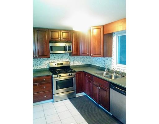 Частный односемейный дом для того Аренда на 8 Angelos Road 8 Angelos Road Stoughton, Массачусетс 02072 Соединенные Штаты
