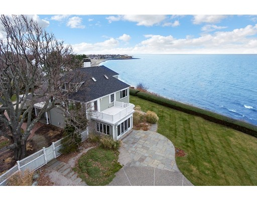 Single Family Home for Sale at 58 Crescent Avenue 58 Crescent Avenue Scituate, Massachusetts 02066 United States