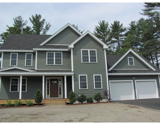 Single Family Home for Sale at 10 Harbor Trace 10 Harbor Trace Townsend, Massachusetts 01469 United States