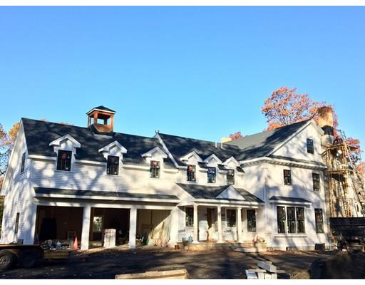 Casa Unifamiliar por un Venta en 22 Oakridge Road 22 Oakridge Road Wellesley, Massachusetts 02481 Estados Unidos