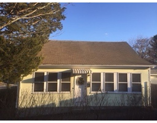 Single Family Home for Sale at 25 Cottage Street 25 Cottage Street Bridgewater, Massachusetts 02324 United States