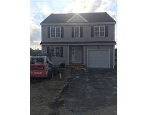 Single Family Home for Sale at 49 Prattown Lane 49 Prattown Lane Bridgewater, Massachusetts 02324 United States