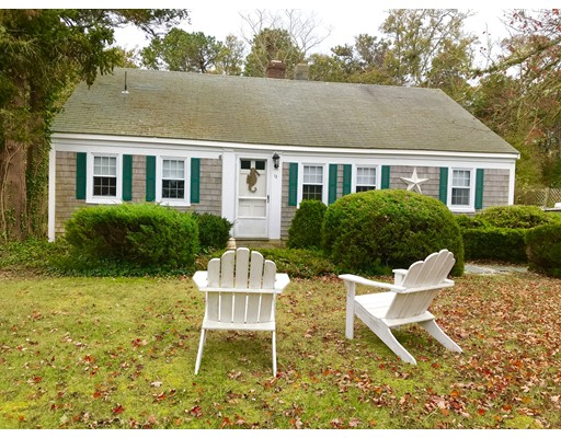 Single Family Home for Sale at 13 Smith Street 13 Smith Street Dennis, Massachusetts 02639 United States