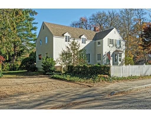 Casa Unifamiliar por un Venta en 35 Spring Street 35 Spring Street Marion, Massachusetts 02738 Estados Unidos
