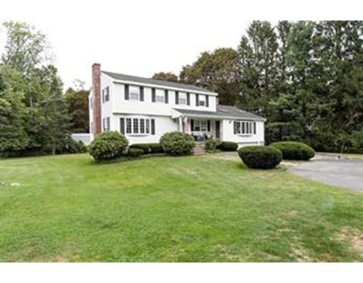 Single Family Home for Rent at 307 Glen Road 307 Glen Road Weston, Massachusetts 02493 United States