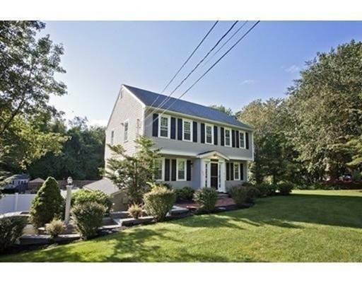 Casa Unifamiliar por un Alquiler en 274 Water Street Ext. 274 Water Street Ext. Pembroke, Massachusetts 02359 Estados Unidos