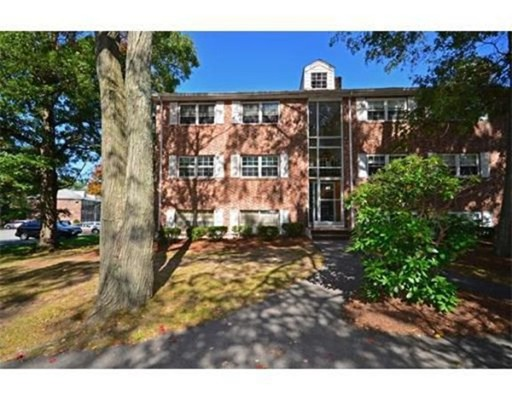 Condominium for Rent at 41 Farrwood Ave #9 41 Farrwood Ave #9 North Andover, Massachusetts 01845 United States