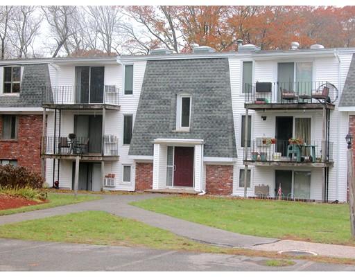Appartement en copropriété pour l à louer à 96 Main Street #F9 96 Main Street #F9 Foxboro, Massachusetts 02035 États-Unis
