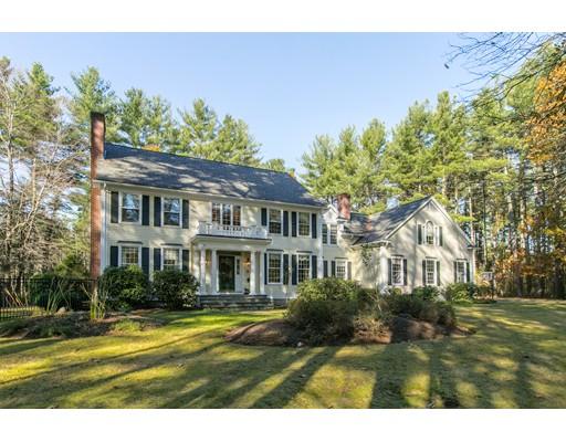 Частный односемейный дом для того Продажа на 135 Peakham Road 135 Peakham Road Sudbury, Массачусетс 01776 Соединенные Штаты