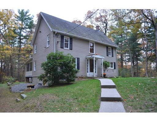 Single Family Home for Sale at 31 Valley Road 31 Valley Road Framingham, Massachusetts 01702 United States