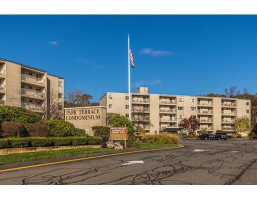 共管式独立产权公寓 为 销售 在 200 Park Terrace Drive 斯托纳姆, 02180 美国