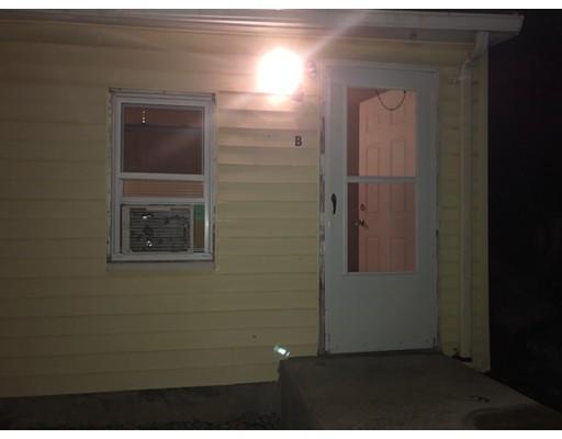 واحد منزل الأسرة للـ Rent في 130 South Street 130 South Street Randolph, Massachusetts 02368 United States
