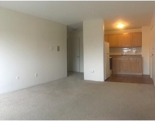 独户住宅 为 出租 在 71 Pond Street 昆西, 02169 美国