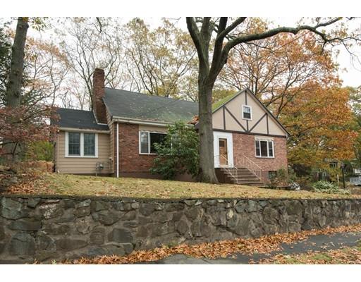 واحد منزل الأسرة للـ Sale في 3 Pine Hill Road 3 Pine Hill Road Swampscott, Massachusetts 01907 United States