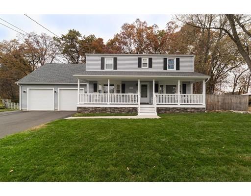 واحد منزل الأسرة للـ Sale في 29 Thomas Street 29 Thomas Street Windsor Locks, Connecticut 06096 United States