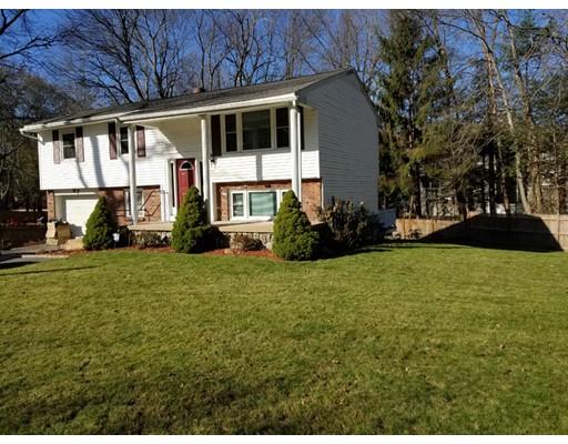 واحد منزل الأسرة للـ Sale في 87 brigham Street 87 brigham Street Hudson, Massachusetts 01749 United States