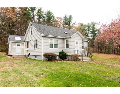 Single Family Home for Sale at 99 Fitchburg Road 99 Fitchburg Road Townsend, Massachusetts 01469 United States