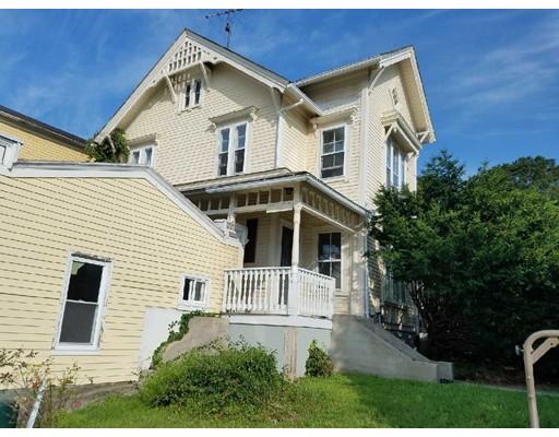 Appartement en copropriété pour l Vente à 107 Church Street 107 Church Street Northbridge, Massachusetts 01588 États-Unis