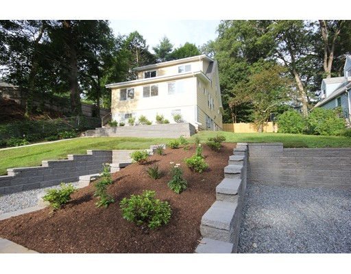 獨棟家庭住宅 為 出售 在 48 Wellesley Road 48 Wellesley Road Natick, 麻塞諸塞州 01760 美國