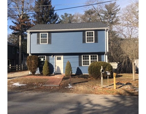 Single Family Home for Sale at 98 Hayward Road 98 Hayward Road East Bridgewater, Massachusetts 02333 United States