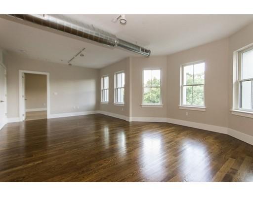 Additional photo for property listing at 10 St. George Street  波士顿, 马萨诸塞州 02118 美国