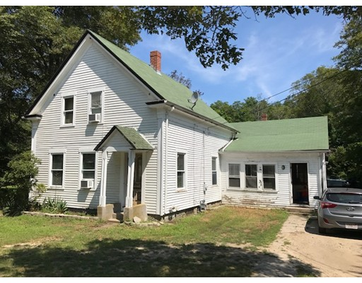 Single Family Home for Sale at 569 Wareham Street Middleboro, 02346 United States