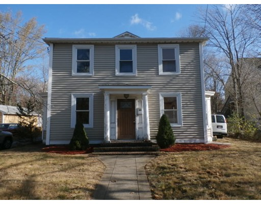 独户住宅 为 销售 在 701 N Main Street 701 N Main Street 伦道夫, 马萨诸塞州 02368 美国