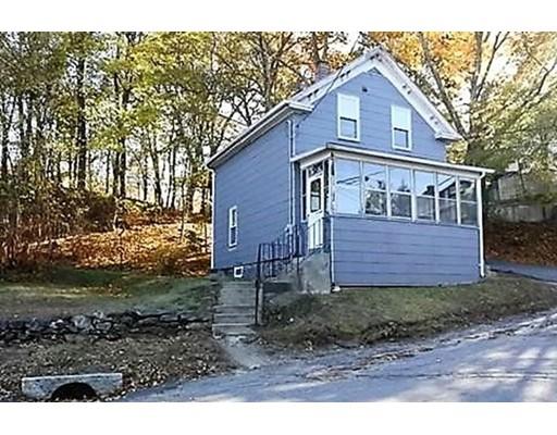 Частный односемейный дом для того Продажа на 3 Acre 3 Acre Clinton, Массачусетс 01510 Соединенные Штаты