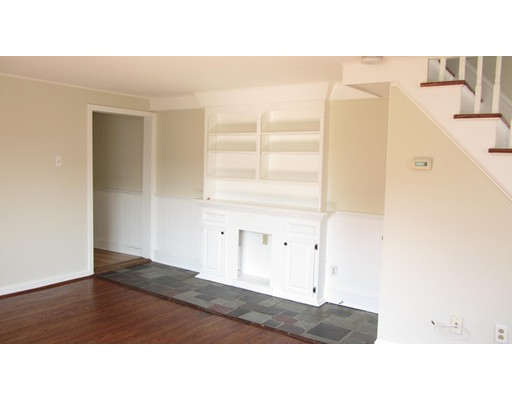 Single Family Home for Rent at 25 Railroad Street Fitchburg, Massachusetts 01420 United States