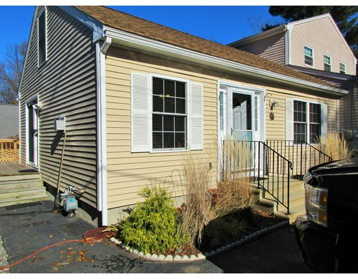 Casa Unifamiliar por un Alquiler en 55 Friendship Street 55 Friendship Street Billerica, Massachusetts 01821 Estados Unidos