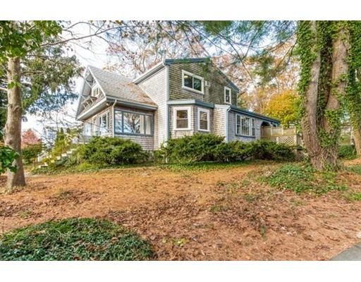 Maison unifamiliale pour l Vente à 19 Harvard Street 19 Harvard Street Fairhaven, Massachusetts 02719 États-Unis