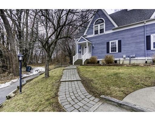 共管式独立产权公寓 为 销售 在 13 Standish Avenue 普利茅斯, 马萨诸塞州 02360 美国