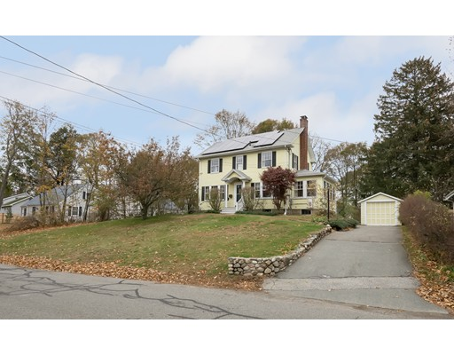 Single Family Home for Sale at 25 Pershing Avenue 25 Pershing Avenue Beverly, Massachusetts 01915 United States