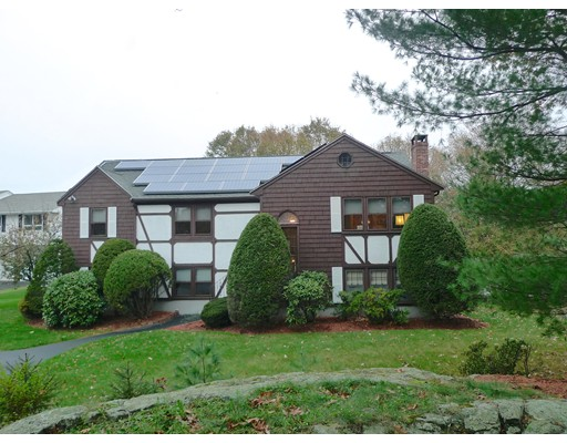 Single Family Home for Sale at 18 Cricklewood Drive 18 Cricklewood Drive Stoneham, Massachusetts 02180 United States
