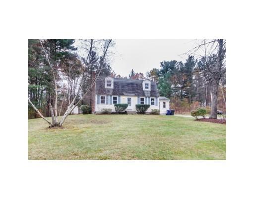 واحد منزل الأسرة للـ Sale في 22 Douglas Road 22 Douglas Road Dracut, Massachusetts 01826 United States
