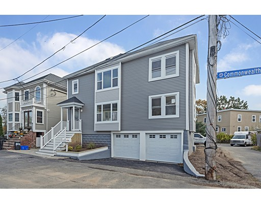 多户住宅 为 销售 在 7 Commonwealth Ter 7 Commonwealth Ter 斯瓦姆斯柯特, 马萨诸塞州 01907 美国