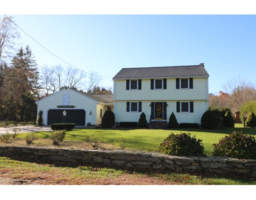 Single Family Home for Sale at 1155 South Street 1155 South Street Bridgewater, Massachusetts 02324 United States