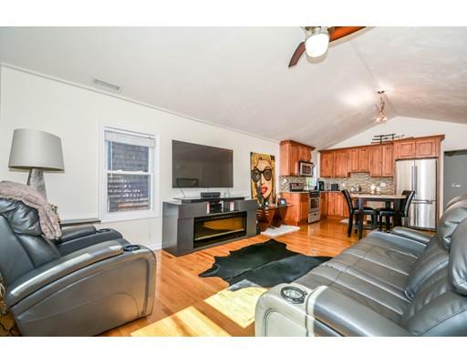 多户住宅 为 销售 在 14 Phillips 塞勒姆, 01970 美国