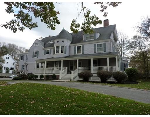 共管式独立产权公寓 为 销售 在 100 Common Street 100 Common Street 贝尔蒙, 马萨诸塞州 02478 美国