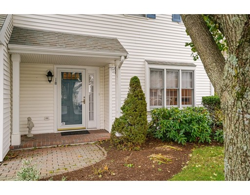 Appartement en copropriété pour l Vente à 605 Middle Street 605 Middle Street Braintree, Massachusetts 02184 États-Unis