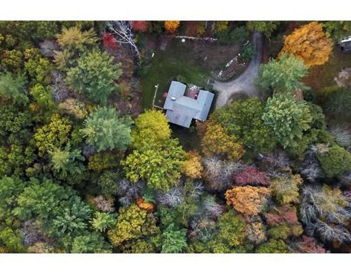 واحد منزل الأسرة للـ Sale في 90 Warren Street 90 Warren Street Abington, Massachusetts 02351 United States