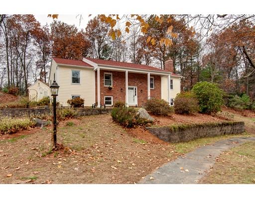 واحد منزل الأسرة للـ Sale في 43 Windy Ridge Road 43 Windy Ridge Road Holden, Massachusetts 01522 United States