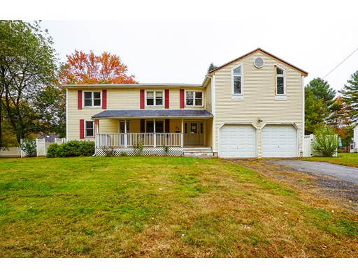Single Family Home for Sale at 31 Jefferson Road 31 Jefferson Road Northborough, Massachusetts 01532 United States