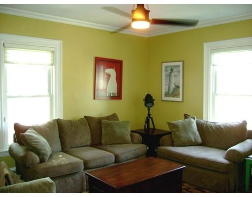 Additional photo for property listing at 12 Waban Street  Newton, Massachusetts 02458 Estados Unidos