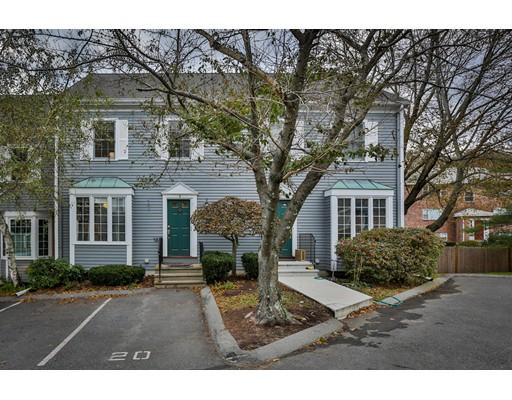 Condominio por un Venta en 2 Glenbrook Ln #9 2 Glenbrook Ln #9 Arlington, Massachusetts 02474 Estados Unidos
