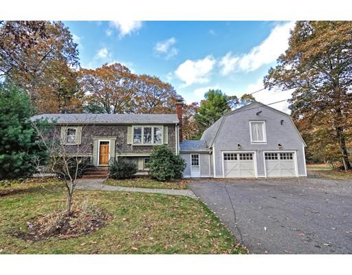 独户住宅 为 销售 在 110 East Bacon Street Plainville, 02762 美国