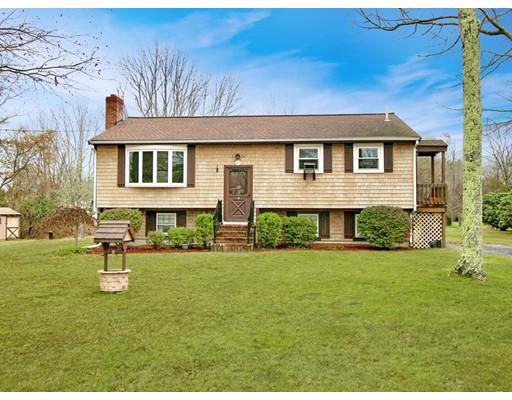独户住宅 为 销售 在 4 Clay Street Middleboro, 02346 美国