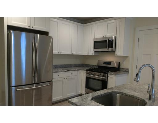 Additional photo for property listing at 30 Elm Street  Barnstable, Massachusetts 02601 Estados Unidos