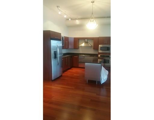 独户住宅 为 出租 在 10 OCEAN Avenue Revere, 02151 美国